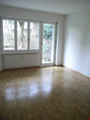 Zentral gelegene 3-Zimmerwohnung mit Gartensitzplatz in Bern 19297406