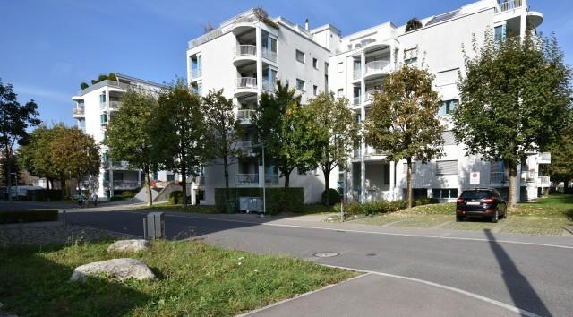 Top Wohnung am Alpenquai mit See, Pilatus & Zentrum als Nach 26280365