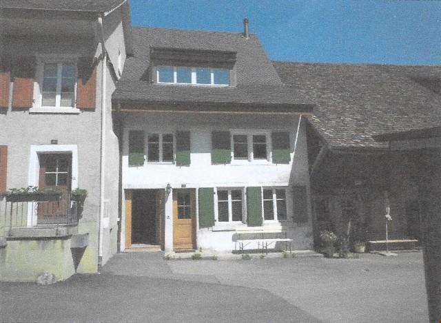 Wohnhaus mit 4.5 -Zimmerwohnung und Studio (nicht fertig aus 20844511
