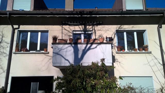 Sonnige 2-Zimmerwohnung mit kleiner Küche mit Balkon und Bad 32277296