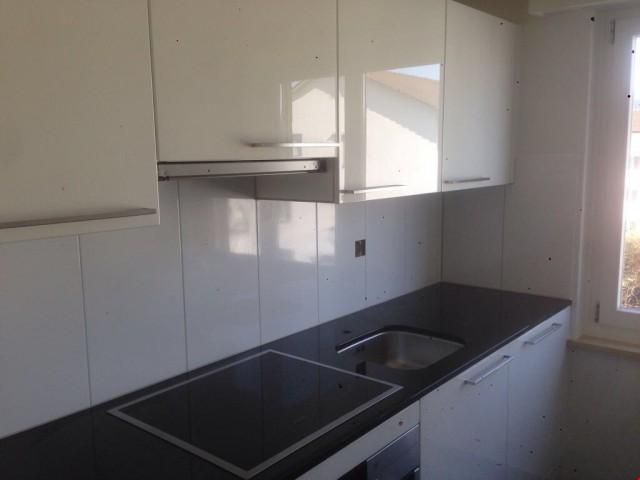 Modern renovierte 2.5 Zimmerwohnung - Einen Monat Netto miet 22083722