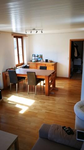 Schöne, helle Erdgeschosswohnung mit Garten 23801076
