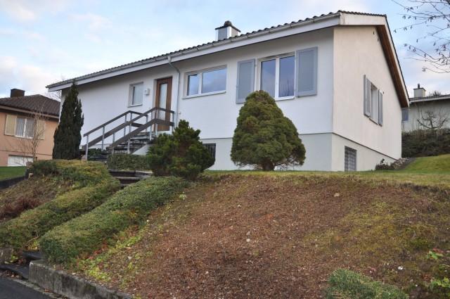 Einfamilienhaus in ruhigem Quartiert am Waldrand 22811546