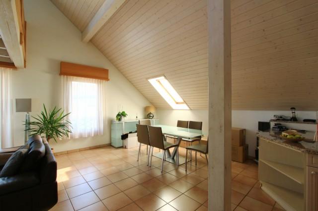 Appartement de 4.5 pièces + cuisine à Crans-Près-Céligny 29881211