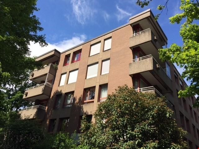 Eine sehr grosszügige Wohnung im Gellert 22823447