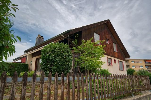 Doppeleinfamilienhaus in ausgezeichneter Wohnlage - zentral  28753936