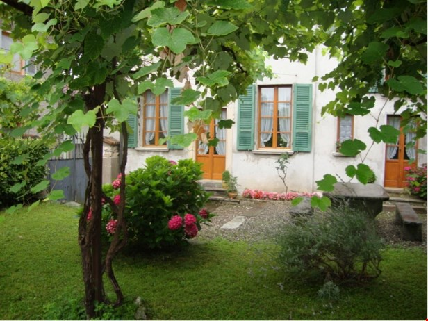 Appartamento di charme in casa antica ristrutturata - Stabio 27877202