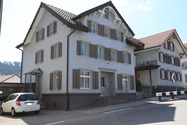 Ein- oder Zweifamilienhaus mitten im Dorfkern! 25460462