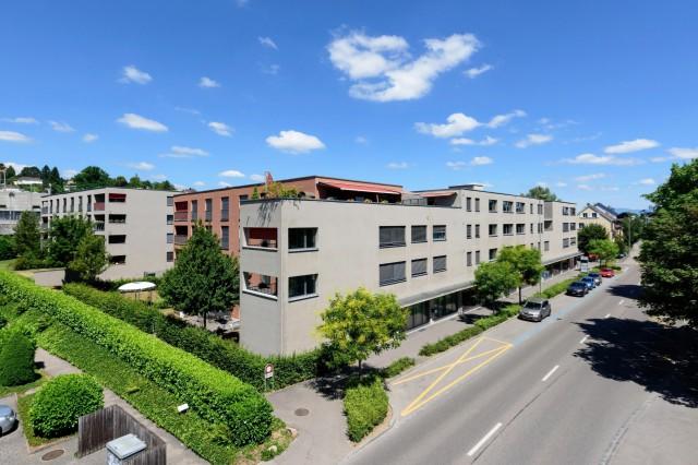 An bester Lage in Binningen 31085062