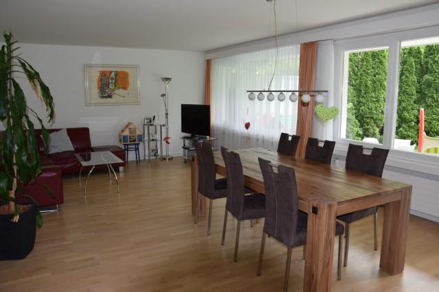 Grosszügige und helle Wohnung, ideal für Familien 30992881