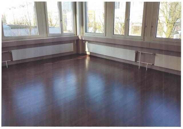 Rotkreuz - Einzelbüro 30 + 67 m2 19311254