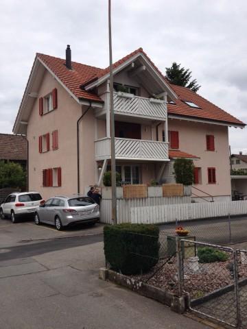 Gepflegtes 3-Familienhaus, 3 x 4.5-ZWG einzeln im STWEG begr 32402850