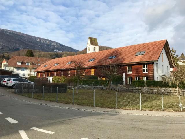 Grosszügiges 7-Zimmer Reiheneinfamilienhaus 27948299