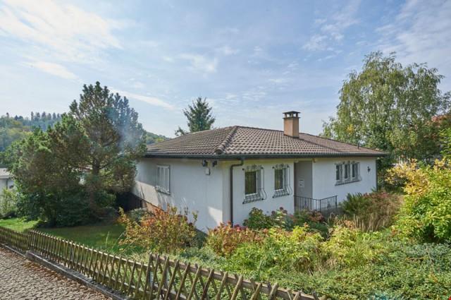 Haus an bevorzugter Lage in der Nähe des Waldes 27472729