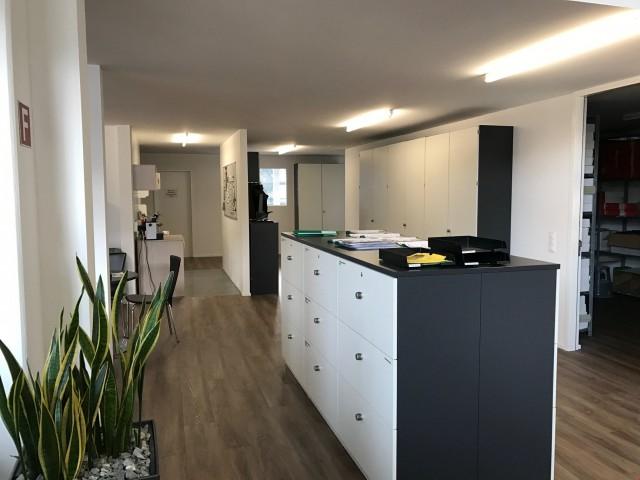 h nenberg immobilien haus wohnung mieten kaufen in der schweiz. Black Bedroom Furniture Sets. Home Design Ideas