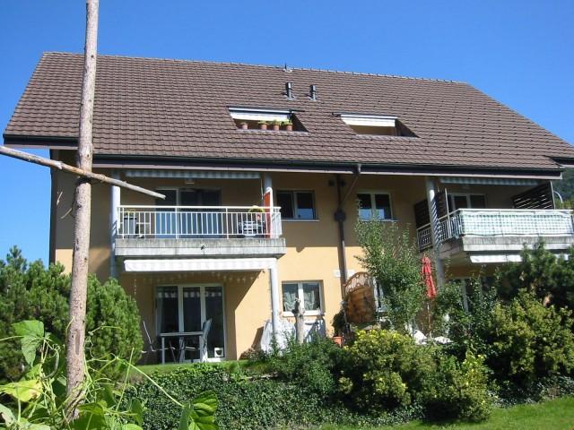 Helle, charmante 3.5-Zimmer-Dachwohnung 31809680
