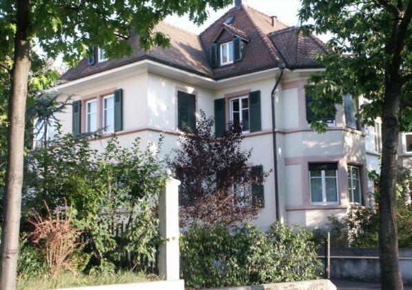 Schöne 4 1/2 Zimmer Wohnung in Jugendstielhaus in Riehen 30673151