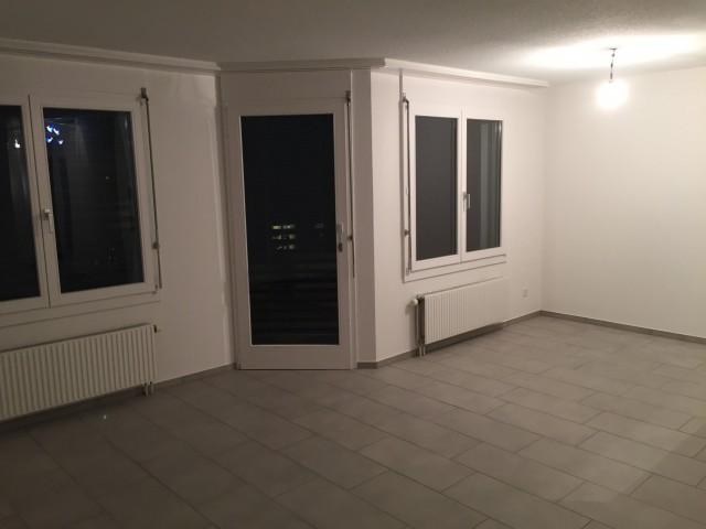 Wohnbereich mit Balkonausgang