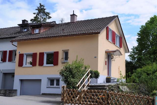 Doppel-Einfamilienhaus mit idyllischem Garten 25532083