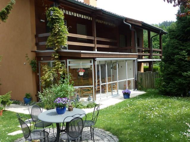 Heimeliges Doppel-Einfamilienhaus mit gepflegtem Garten 26358097