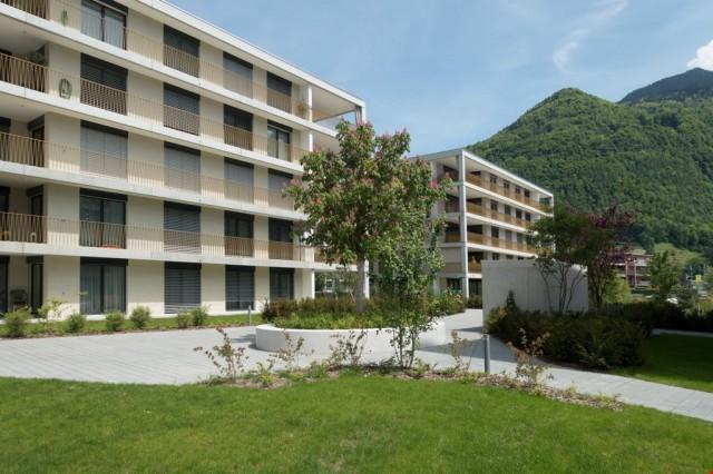 Exklusiv Wohnen in der Überbauung Rastenhoschet Näfels 25484870