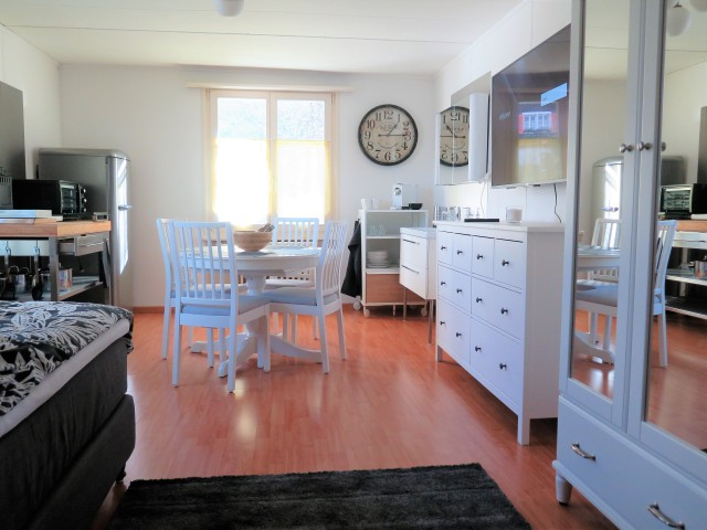 Komplett möbiliertes Zimmer 30487185