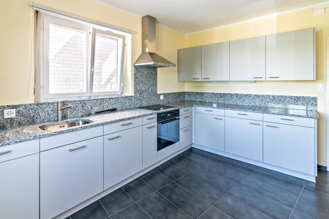 4.5 Zimmer Wohnung im Zentrum von Kreuzlingen mit 110m2 Terr 31518637