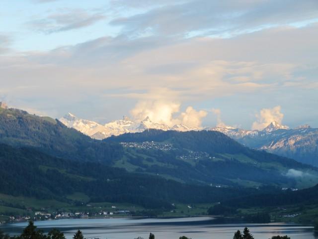 Wohnen im Ägerital mit Sicht auf See und Berge 24346114