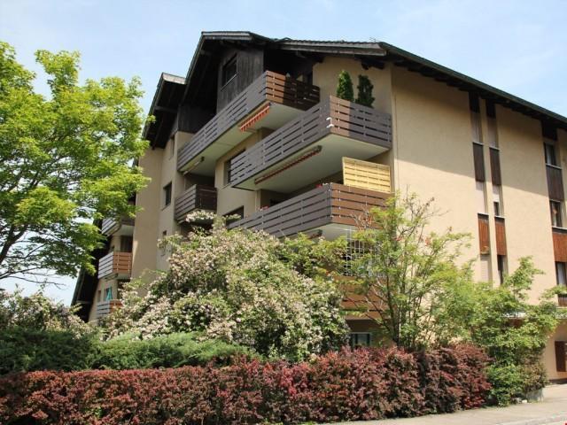 Attraktive 2.5 Zi.-Wohnung mit Sitzplatz und Balkon 23649979
