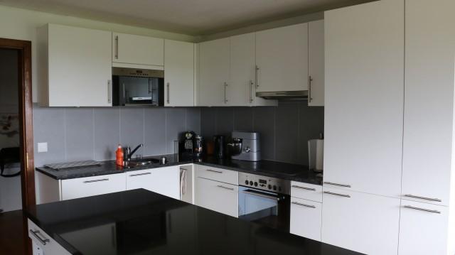 Helle 3 1/2-Zimmer Wohnung in der Reitsportanlage 21239008