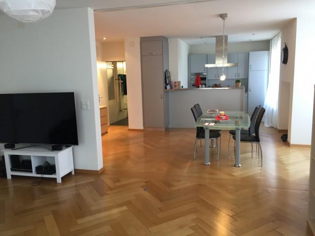 Suche Nachmieter für grosse 2,5 Zimmer Wohnung in der Vorsta 21267712
