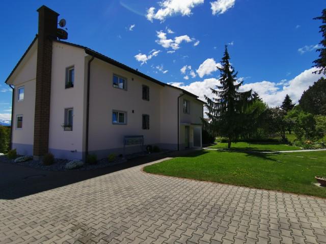 Frisch renovierte Wohnung mit schöner Gartenanlage in Waldnä 31507184