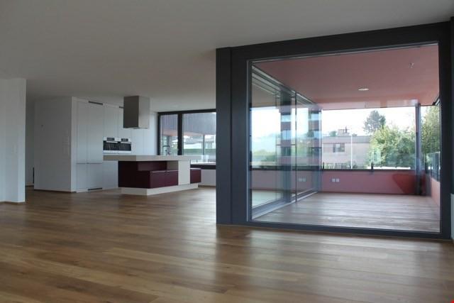 Exklusive 4 1/2- (5 1/2) Zimmer Wohnung (plus offener Bürobe 31115046