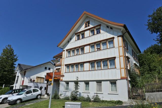 Wohnhaus mit drei Einheiten an zentraler Lage! 26292650