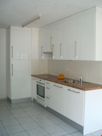 3,5-Zi-Wohnung mit schöner Aussicht inkl. Einstellhallenplat 25983545