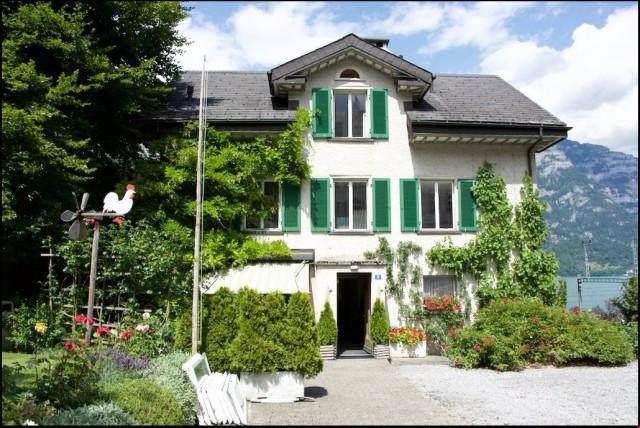 4 1/2 Zimmer Maisonette Wohnung in schöner Villa mit Garten  31389334