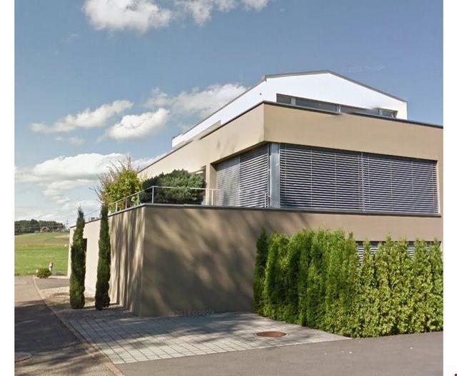 Schöne, helle Wohnung mit Gartensitzplatz 31099605