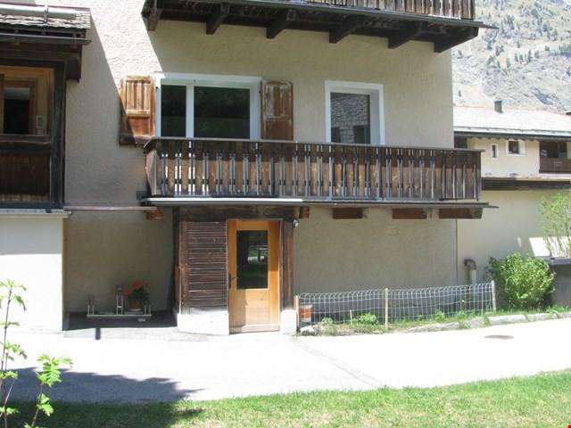 Helle 3 Zimmerwohnung im Hochparterre mit Balkon 20082512