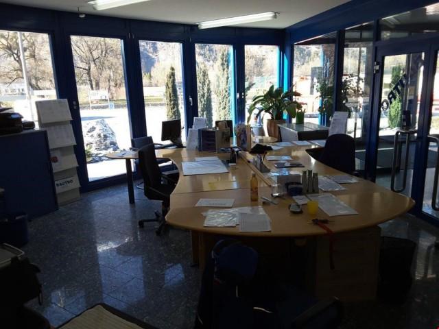 Ausstellungs, Büro und Werkstattraum 23298109
