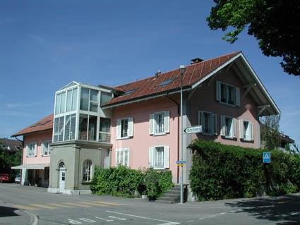 2-Zimmerwohnung komplett neu Renoviert! Grosszügige Umgebung 22409631