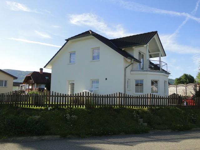 Neueres Haus an top Lage...... 19711580