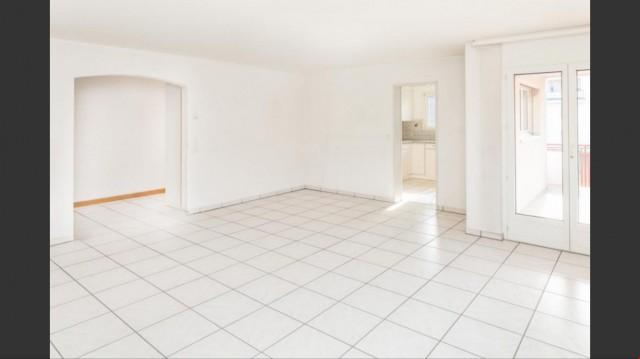 Helle 4.5 Zimmerwohnung zu verkaufen 26280187