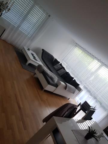 grosse moderne 4.5 Maisonette-Wohnung zu vermieten per 1.8.2 29182866
