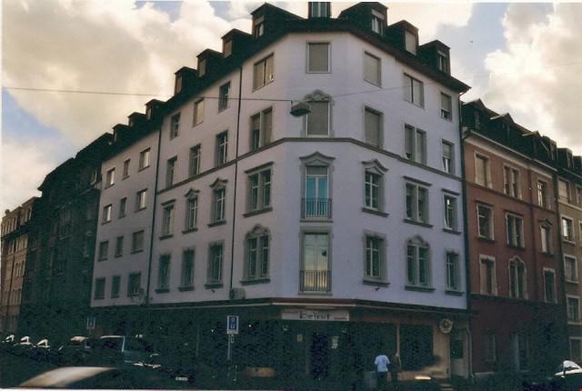 Originelle 2,5-Zimmer-Dachwohnung in Kleinbasel 28728886