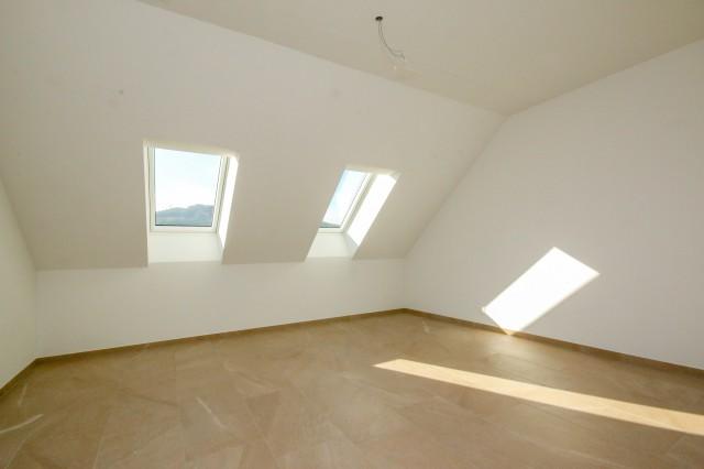 Zimmer Dachwohnung