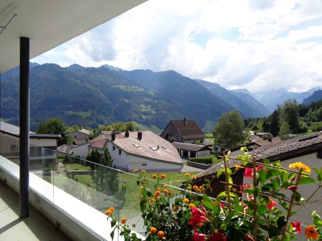 Wohnung mit direktem Blick auf die Glarner Berge 31362142
