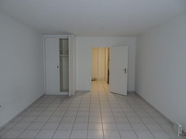 Schöne 1-Zimmer Wohnung im Altstadt - 4. OG 31389938