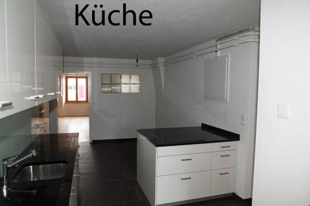 Grosszügige helle 5.5 Zimmer Wohnung 31100743