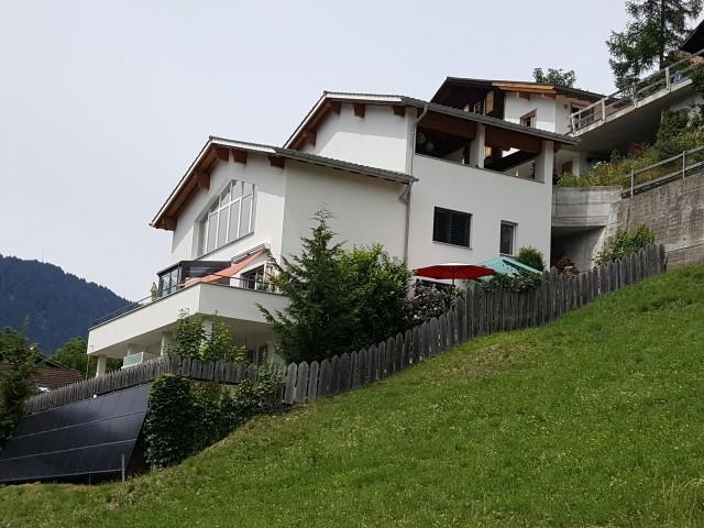 Moderne Wohlfühloase oberhalb von Chur 31210281
