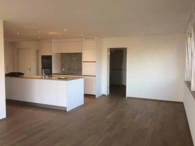 Schöne Wohnung mit Balkon, Bastelraum, Garage und eig. Wasch 32721286